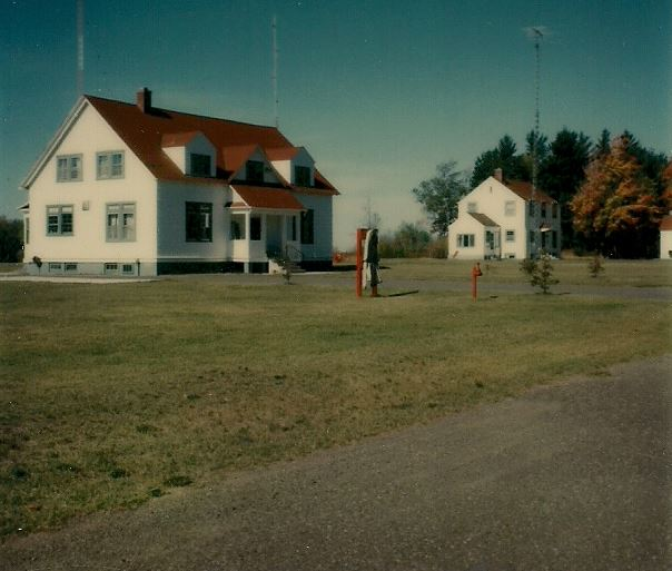 portage-station-1976-station-and capts-home