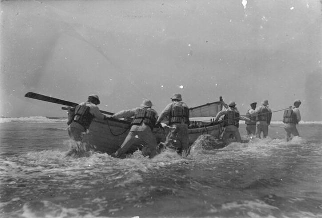 USLSSHA-tuesdays-barview-boat-1908